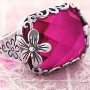 Silpada Flower Berrylicious ring sz 7